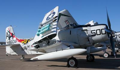 Douglas A-1 (AD) Skyraider