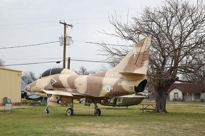ex-USN Douglas TA-4J Skyhawk, 158073 - 10/03/19