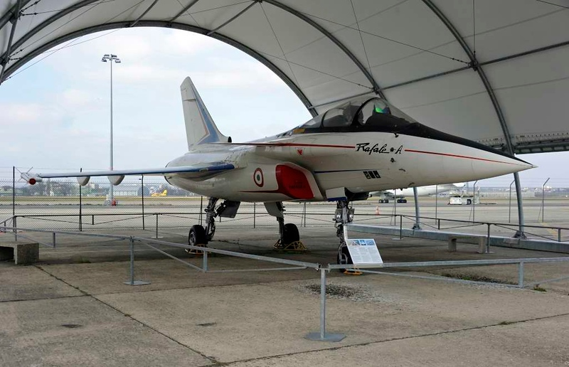 Dassault Rafale A technology demonstrator F-ZWRE, Musee de l'Air et de l'Espace, Le Bourget, Paris, 6 February 2015