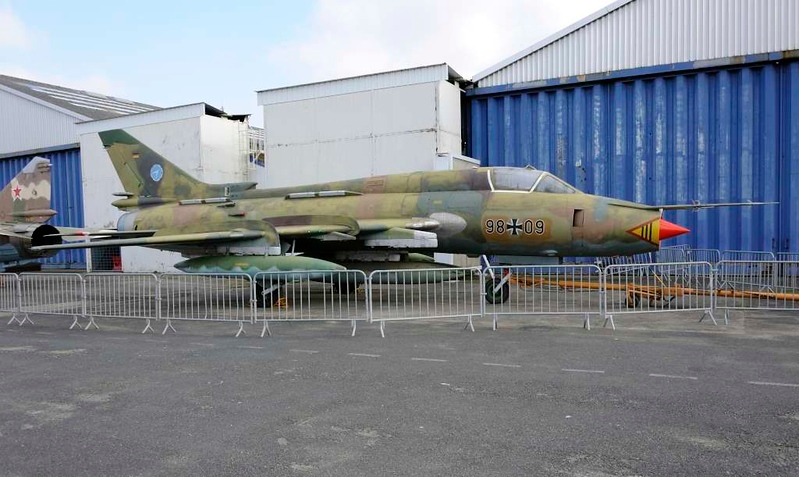German AF Sukhoi Su-22M4 (NATO Fitter-K) 98+09, Musee de l'Air et de l'Espace, Le Bourget, Paris, 6 February 2015.