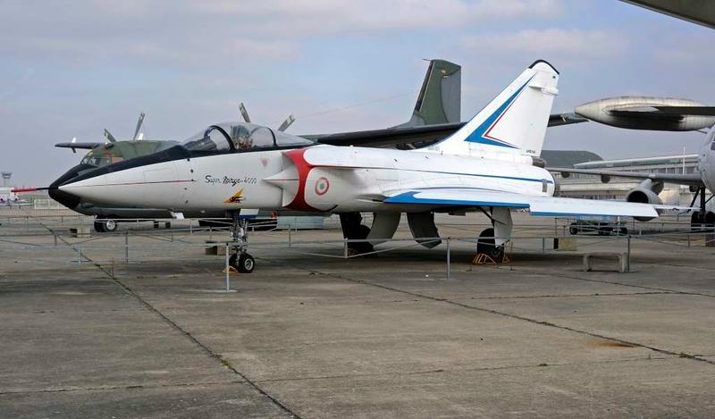 Dassault Mirage 4000, Musee de l'Air et de l'Espace, Le Bourget, Paris, 6 February 2015.  Sole prototype.
