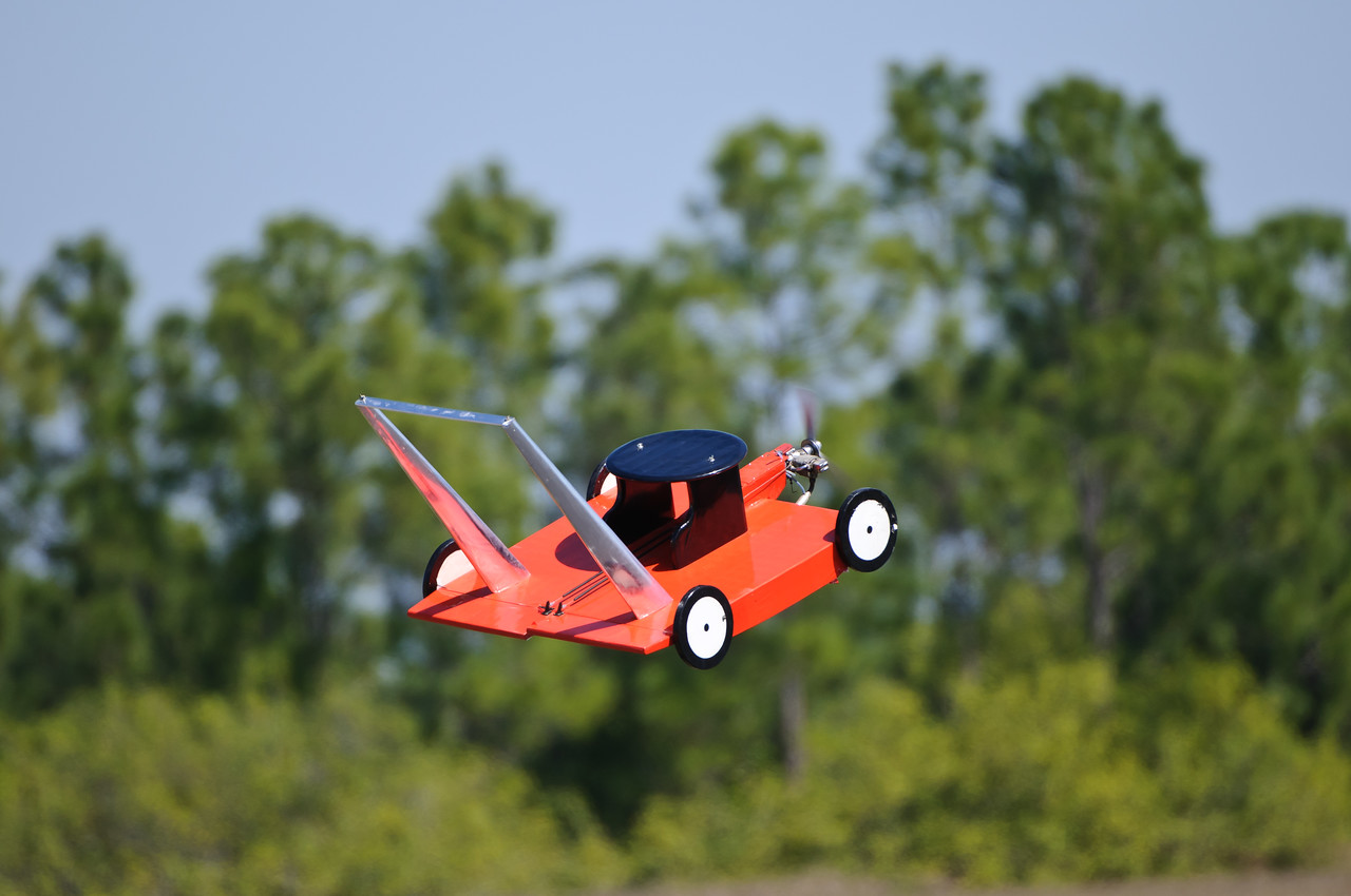Flying Lawnmower at Gathering of the Giants 2011