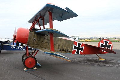 Fokker Dr.1 Triplane Replica, 152/17 (G-BVGZ), on static display - 26/09/15.