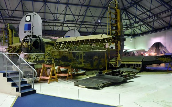 Handley Page Halifax II W1048, RAF Museum, Hendon, 10 September 2015 5