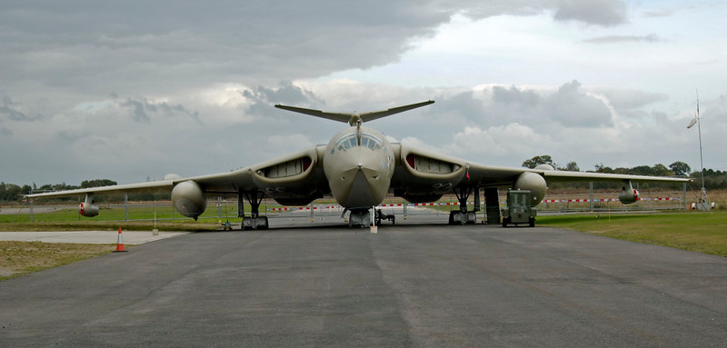 Handley Page Victor K2 XL231 Lusty Lindy, Yorkshire Air Museum, Elvington, 28 September 2008 2.