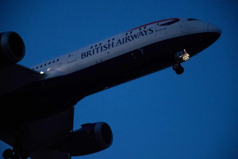 British Airways Boeing 787-9 G-ZBKF, Heathrow airport, Thurs 3 May 2018 - 0511.