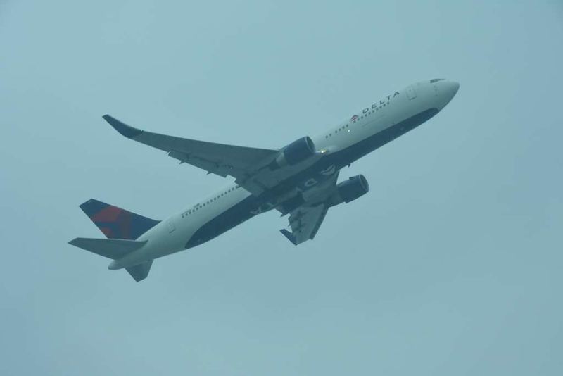 Delta Boeing 767-300 N175DN, Heathrow airport, Fri 2 March 2018 - 0955.