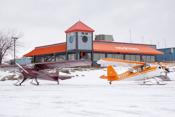 Hooters Skiplane Fly-In