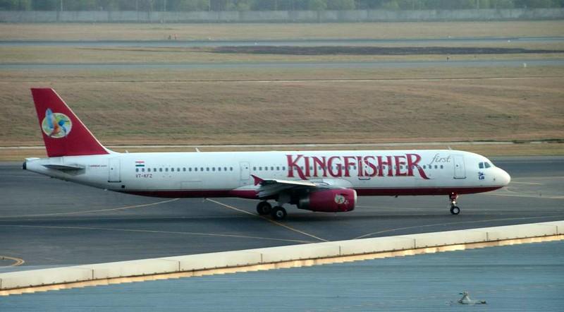 Kingfisher Airbus A321-200 VT-KFZ, Delhi Indira Gandhi international airport (DEL / VIDP), 31 March 2012