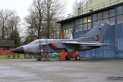 RAF Panavia Tornado GR.1, ZA323 / TAZ - 16/01/17.