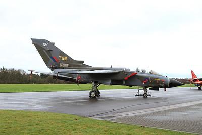 RAF Panavia Tornado GR.1, ZA320 / TAW - 16/01/17.