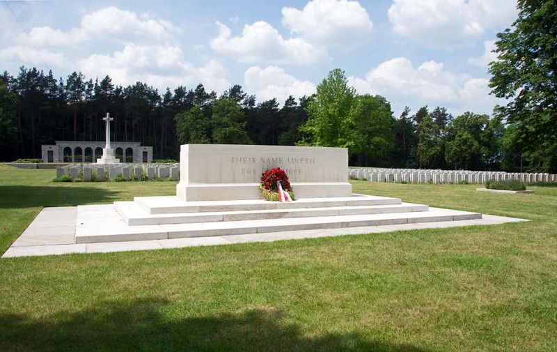 Berlin 1939 - 1945 Commonwealth War Cemetery, Berlin, 4 June 2016 10.  The stone of remembrance, with a Canadian wreath.
