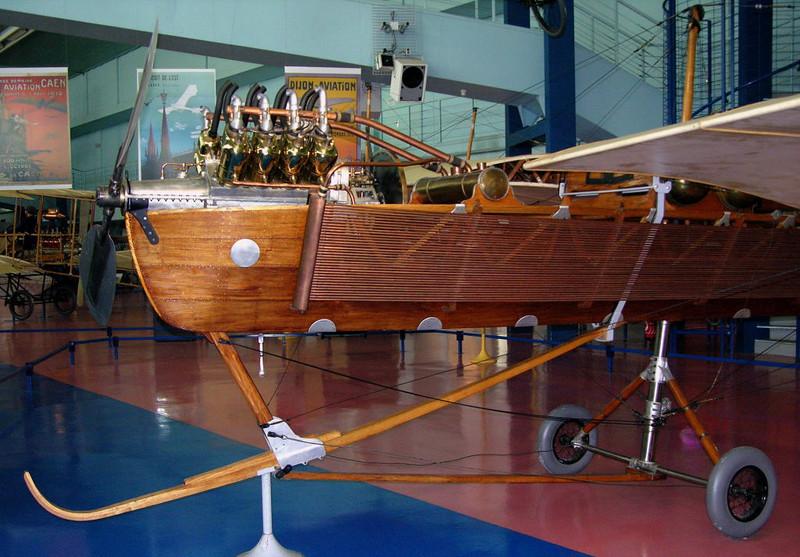 1909 - Levavasseur Antoinette, Musee de l'Air et de l'Espace, Le Bourget, Paris, 10 May 2005 3