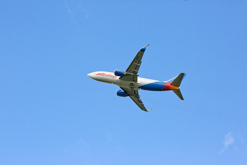 Boeing 737 (G-GDFB) - Jet2 12:55 LBA to Alicante departs Yeadon 25/09/2015