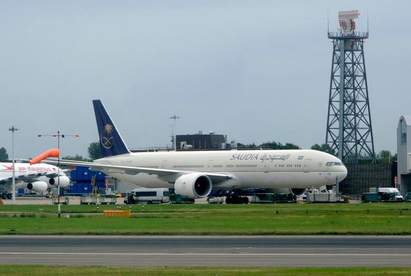Saudi Arabian Airlines Boeing 777-300 HZ-AK19, Heathrow Airport, Fri 29 August 2014 - 0956.