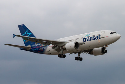 Air Transat A310-300 (C-GLAT)