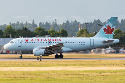 Air Canada A319-100 (C-FYKC)-2