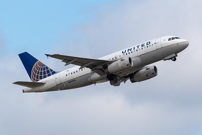 United Airlines A319-100 (N851UA)