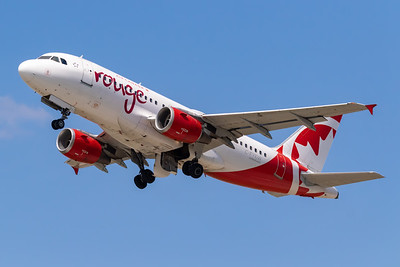 Air Canada Rouge A319-100 (C-FYKW)