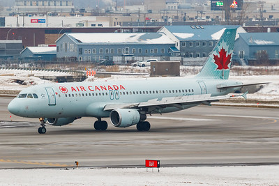 Air Canada A320-200 (C-GPWG)