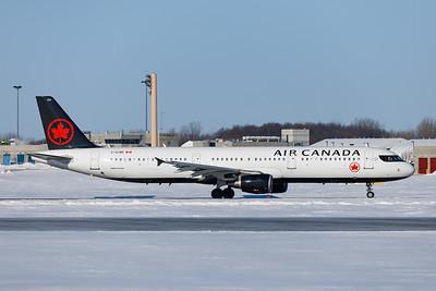 Air Canada A321-200 (C-GJWI)-1