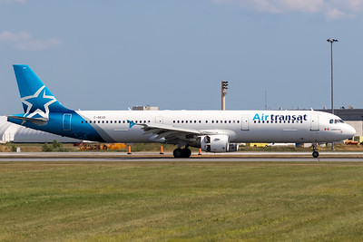 Air Transat A321-200 (C-GEZD)