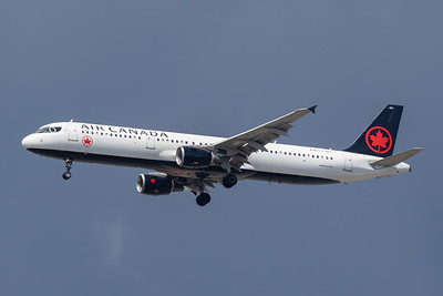 Air Canada A321-200 (C-FJNX)