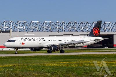 Air Canada A321-200 (C-GJWN)_A0087