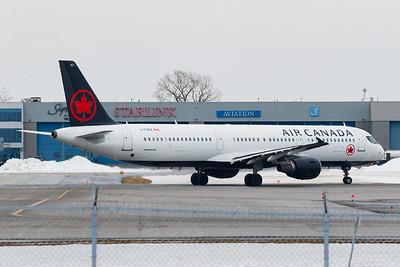 Air Canada A321-200 (C-FGKN)-2