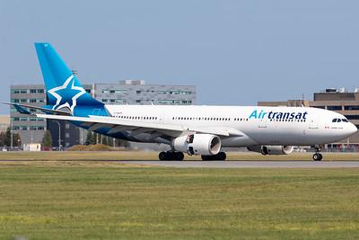 Air Transat A330-200 (C-GUFR)