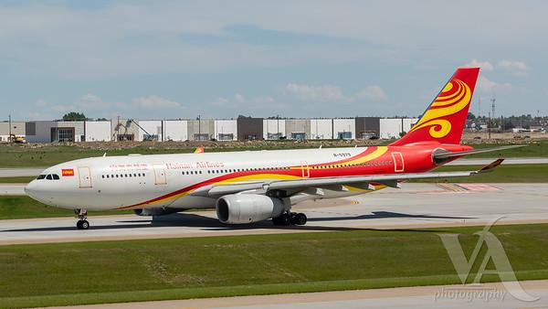 Hainan Airlines A330-200 (B-5979)_3