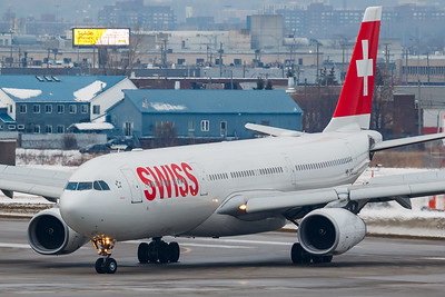 Swiss International Air Lines A330-300 (HB-JHG)-2
