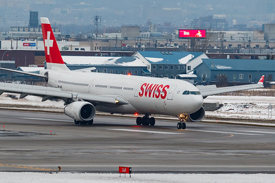 Swiss International Air Lines A330-300 (HB-JHG)