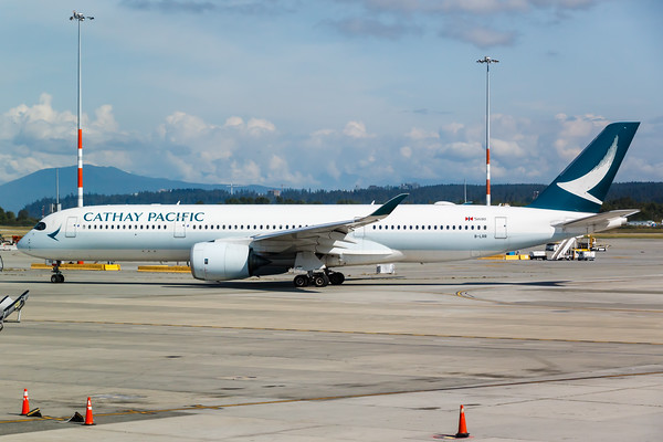 Cathay Pacific A350-900 (B-LRR)