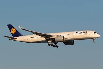 Lufthansa A350-900 (D-AIXE)-2