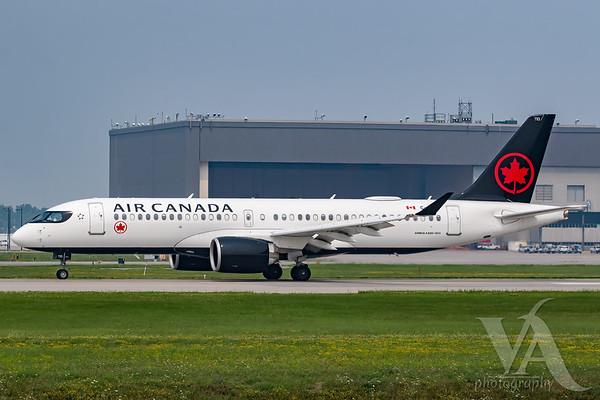 Air Canada A220-300 (C-GJYI)-2
