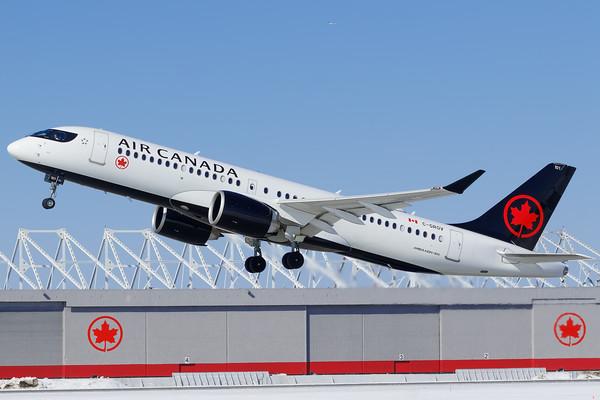Air Canada A220-300 (C-GROV)-2