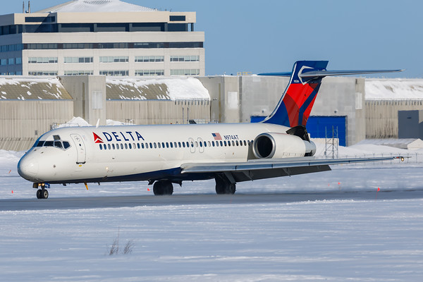 Delta Airlines B717-200 (N974AT)-1