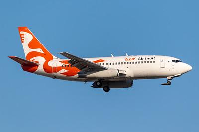 Air Inuit B737-300 (C-GSPW)