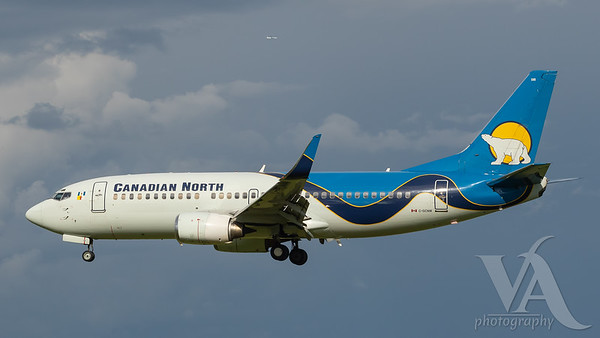 Canadian North B737-300 (C-GCNW)