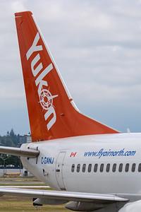 Air North B737-500 (C-GANJ)