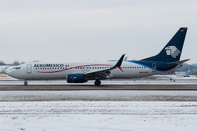 Aeromexico B737-800 (N825AM)-2