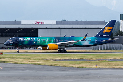 Icelandair B757-200 (TF-FIU)