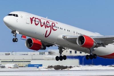 Air Canada Rouge B767-300ER (C-GHPN)-3