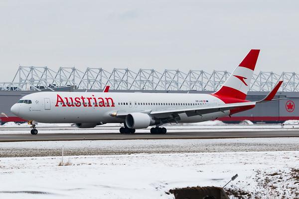 Austrian Airlines B767-300ER (OE-LAE)-2