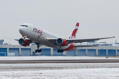 Air Canada Rouge B767-300ER (C-GDUZ)-2