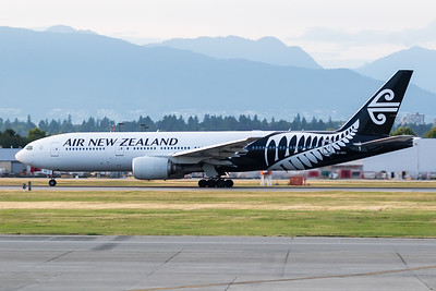Air New Zealand B777-200 (ZK-OKA)-3