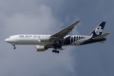Air New Zealand B777-200 (ZK-OKA)-2