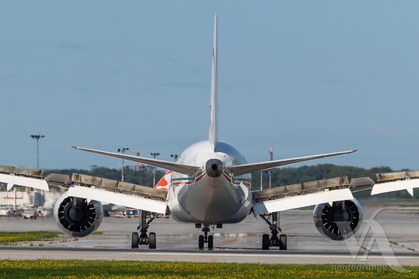 Royal Air Maroc B787-8 (CN-RGS)_A0087-3