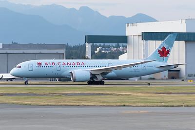 Air Canada B787-8 (C-GHQQ)